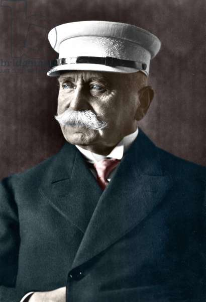 Count Von Zeppelin (1838-1917), German industrialist who devoted himself to the construction of rigid airships.