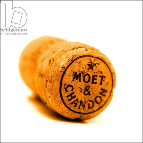 """champagne cap of the brand """""""" Moet et Chandon""""""""""""."""