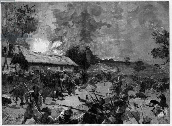 """Le guet-apens (guet apens) de Hue, 4-5 juillet 1885 : attaque d'une armee tonkinoise (Viet-Nam) contre les troupes francaises du general de Courcy. Gravure in """"""""Le Monde Illustre"""""""", 18 juillet 1885."""