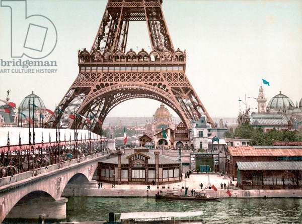 View of the World Exhibition in Paris in 1900: view of the Eiffel Tower. Photochrome 1900.