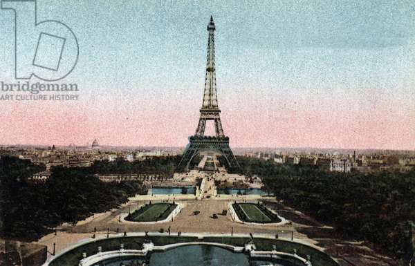 "Paris: view of the Trocadero Gardens with the Eiffel Tower and the bridge of Iena on the Seine. Photograph of 1920 in """" Artistic Album"""" of the city of Paris. Private collection."