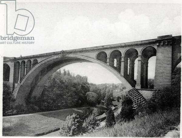 The Grand Duche of Luxembourg, the Adolphe Bridge. Photography years 1930.
