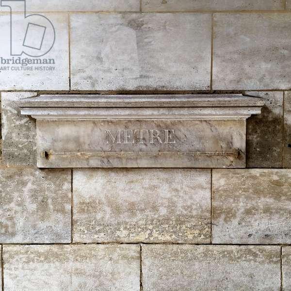 Standard meter 1797 - Metre (meter) stalon by Jean-Francois Chalgrin 36, rue de Vaugirard, Paris, 6th (marble and brassels)