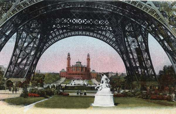 """Paris: the Palais du Trocadero seen under the Eiffel Tower. Photograph of 1920 in """""""" Artistic Album"""""""" of the city of Paris. Private collection."""