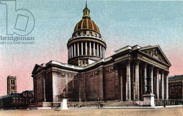"""Paris: exterior view of the Pantheon built in 1757-1790 by Jacques Germain Soufflot (1713-1780). Photograph of 1920 in """""""" Artistic Album"""""""" of the city of Paris. Private collection."""
