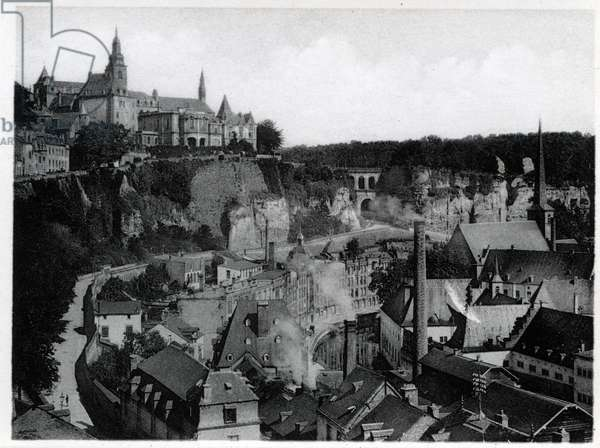 The Grand Duche of Luxembourg, Faubourg du Grund and the Haute city. Photography years 1930.