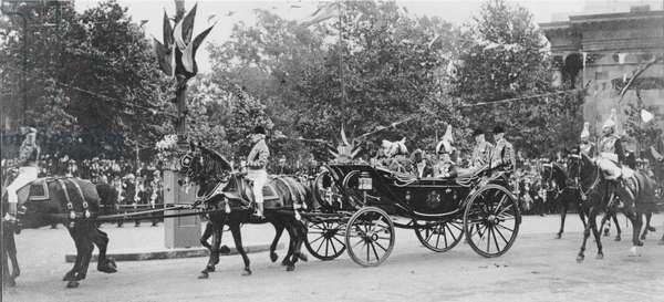 Arrival of Émile Loubet to Paris, 6 July 1903 (b/w photo)