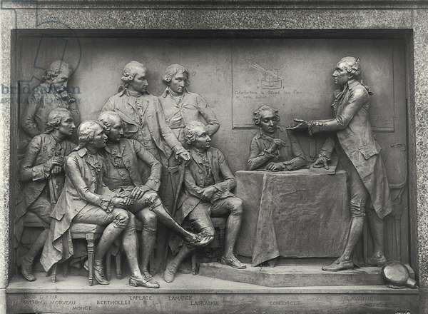 Antoine Laurent Lavoisier (1743-94) explaining his analysis of air to his colleagues (bronze) (b/w photo)