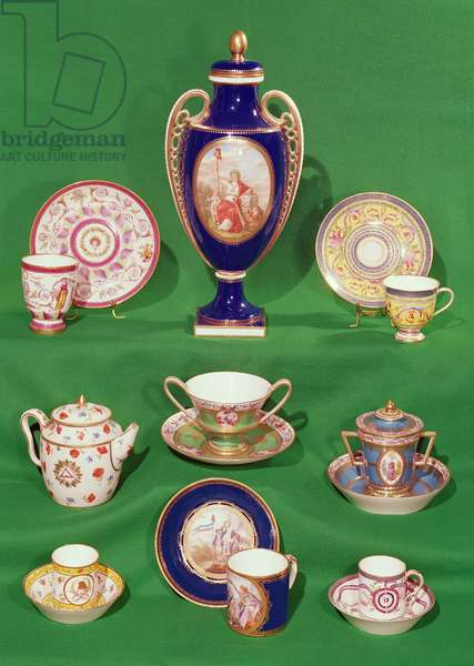 Cups, saucers, teapot, vase and bowls with French Revolutionary motifs, end 18th century (ceramic)