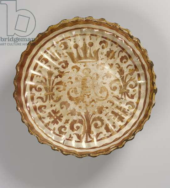 Decorated dish, Moorish (faience)