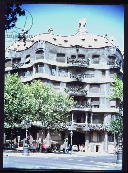 La Pedrera or Casa Mila, 1905-10 (photo)