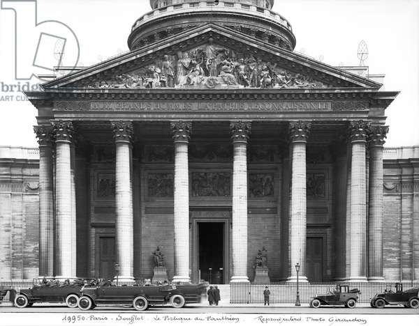 View of the facade, c.1920-25 (b/w photo) (see 242862)