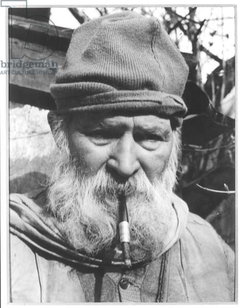 Constantin Brancusi (1876-1957) (b/w photo)