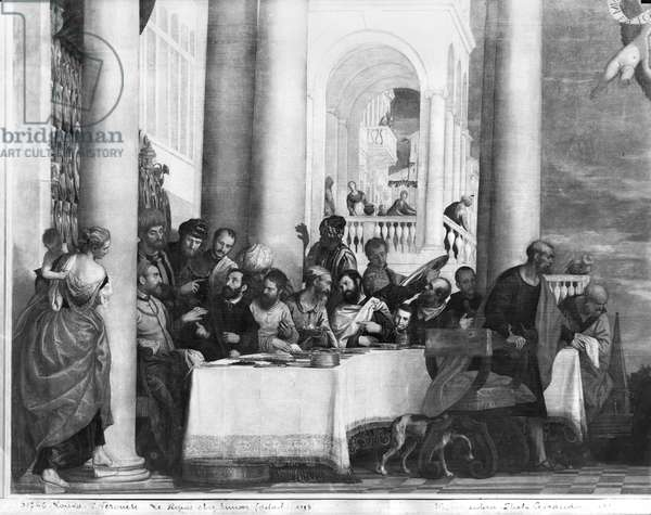 The Meal at the House of Simon the Pharisee, detail of the left hand side, 1570 (oil on canvas) (b/w photo)