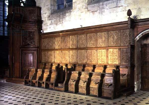 Choir stalls from the 14th century, with 16th century panelling (wood)