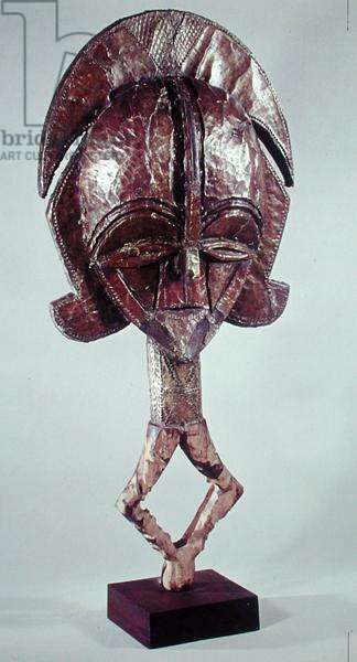 Reliquary figure of the spirit of the deceased, Kota Population, 17th-20th century (wood & copper)