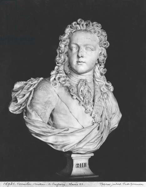 Bust of Louis XV (1710-74) 1719 (marble) (b/w photo)