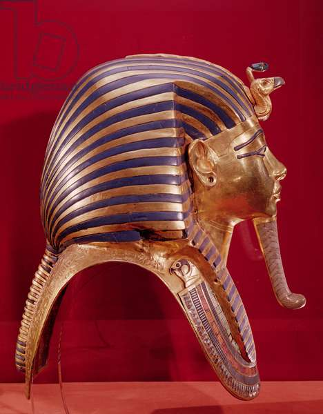 The gold mask, from the Treasure of Tutankhamun (c.1370-52 BC) c.1340 BC (gold inlaid with semi-precious stones) (see 184085 for opposite side)