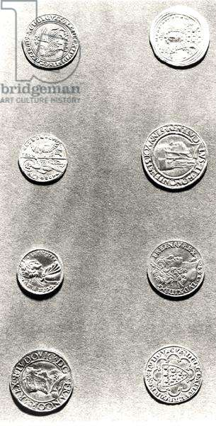 Selection of 8 coins (metal) (b/w photo)
