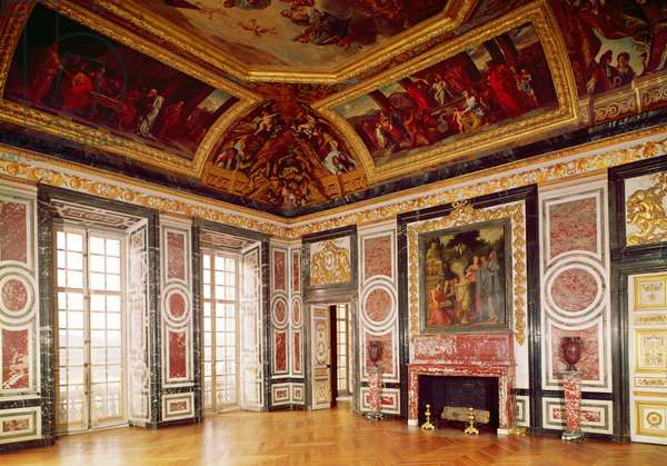 View of the Queen's Guards Room (photo)