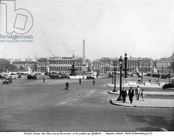 Place de la Concorde, designed in 1757 (b/w photo)