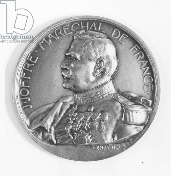 Medallion commemorating Marshal Joffre and the Battle of the Marne (bronze)
