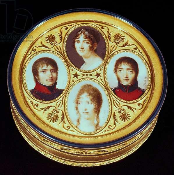 Bonbonniere with portraits of Eugene (1781-1824) Hortense (1783-1837) and Josephine Beauharnais (1763-1814) and Louis Bonaparte (1778-1846) (gold, ivory & enamel)