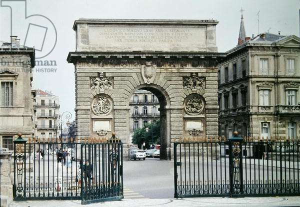 View of the Arc de Triomphe on the Promenade de Peyrou, building begun in 1684 and completed in 1776 (photo)