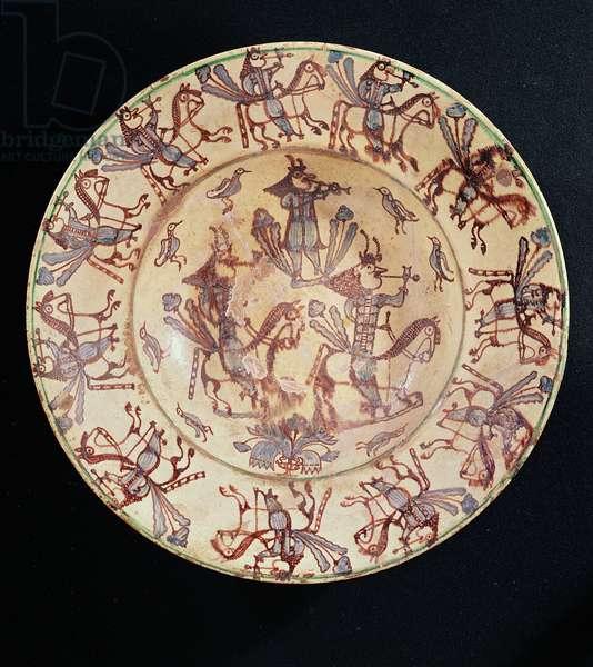 Dish with horsemen smoking pipes, Giroussens Workshop (ceramic)