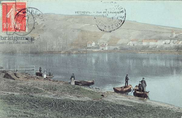 View of Vetheuil on the banks of the Seine (photo)