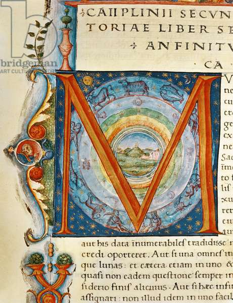 Historiated initial 'M' depicting the heavens and the signs of the Zodiac, from the 'Naturalis Historia' by Pliny the Elder (vellum)