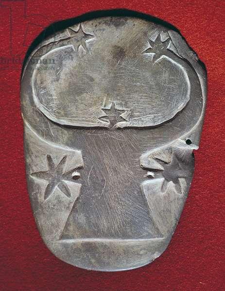 Bull's head palette (schist)