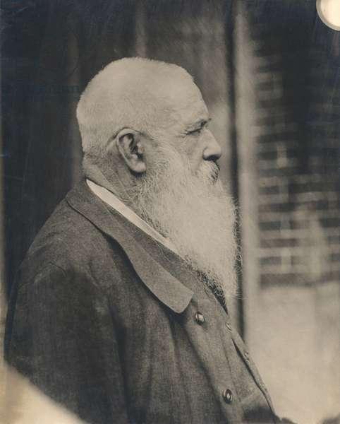 Claude Monet (1841-1926) early 20th century (gelatin silver print) (b/w photo)