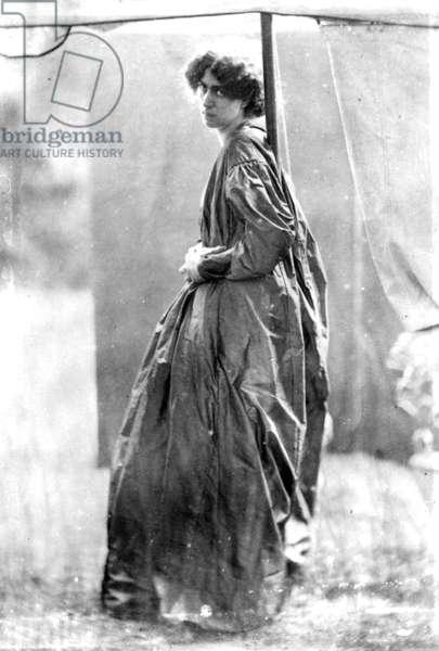 Jane Morris, posed by Dante Gabriel Rossetti, 1865 (albumen print)