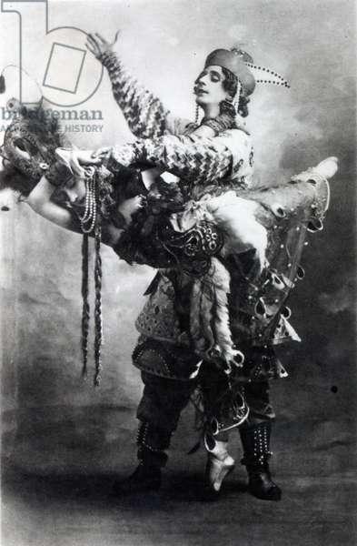Tamara Karsavina and Michel Fokine in 'The Firebird', 1910 (b/w photo)