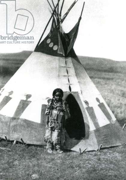 A child's lodge, Piegan, 1910 (b/w photo)