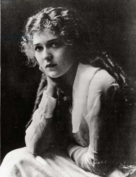 Mary Pickford, c.1910s (b/w photo)