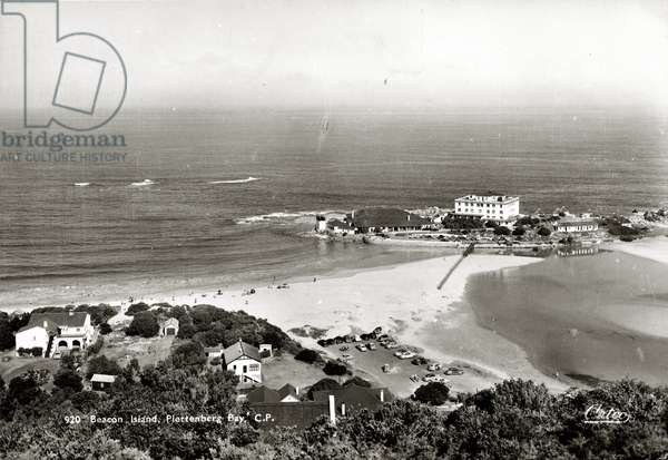 920 Beacon Island, Plettenberg Bay, C.P. (b/w photo)