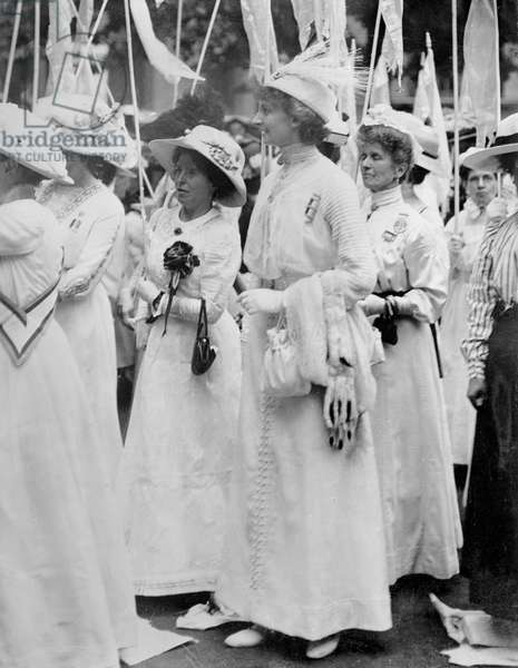 Annie Kenney and Constance Lytton in the Prisoners' Pageant of the Women's Coronation Procession, 1911 (b/w photo)