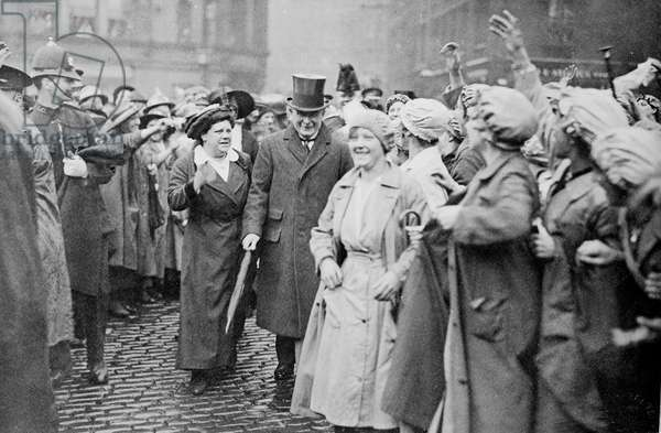 Former member of WSPU Flora Drummond with Lloyd George at a munitions factory in Manchester, 1918 (b/w photo)