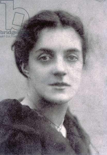 Madge Vaughan (b/w photo)