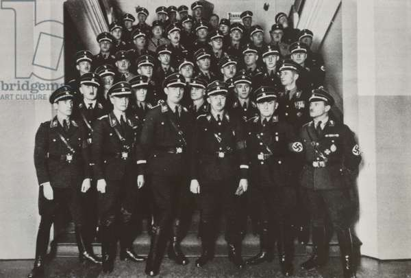 Members of the SS Nationalist Party with Heinrich Himmler (1900-45) 1933 (b/w photo)