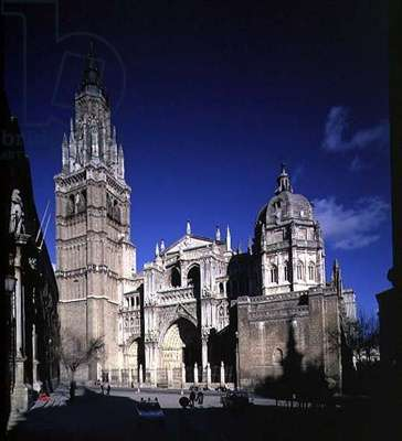 View of the West facade consisting three portals (LtoR) Tower or Inferno Portal, Portal of Forgiveness and the Judgement Portal, flanked by two towers, 12th-15th century (photo) (for details see 88945-9)