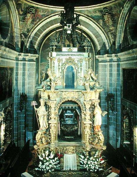 Funerary monument in the Chapel of San Segundo