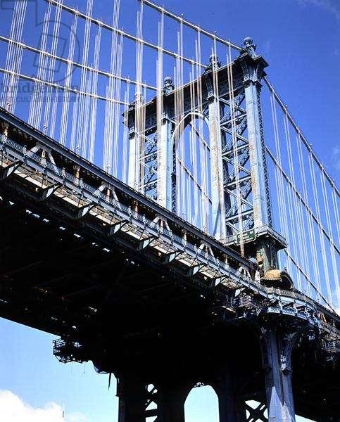 Manhattan Bridge, completed 1909 (photo)