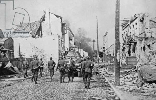 German occupation of Sochacz, Poland, 1939 (b/w photo)