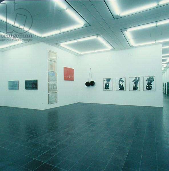 Gallery exhibiting works by Rosemarie Trockel (b.1952) (photo) (see also 182831)