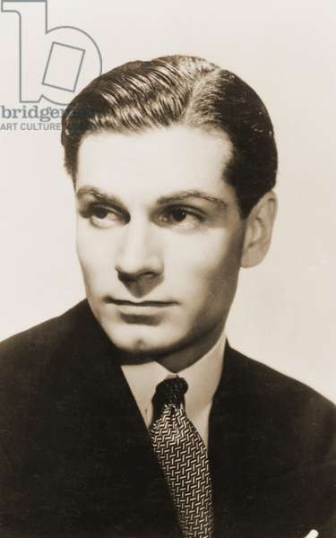 Laurence Olivier portrait English
