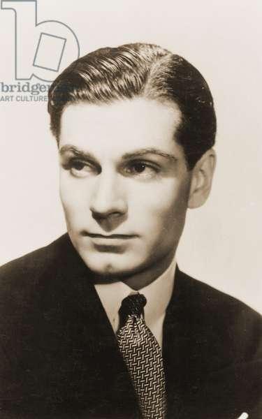 Laurence Olivier portrait English