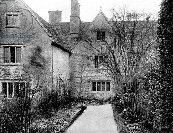 Kelmscott Manor - Former country home of William Morris